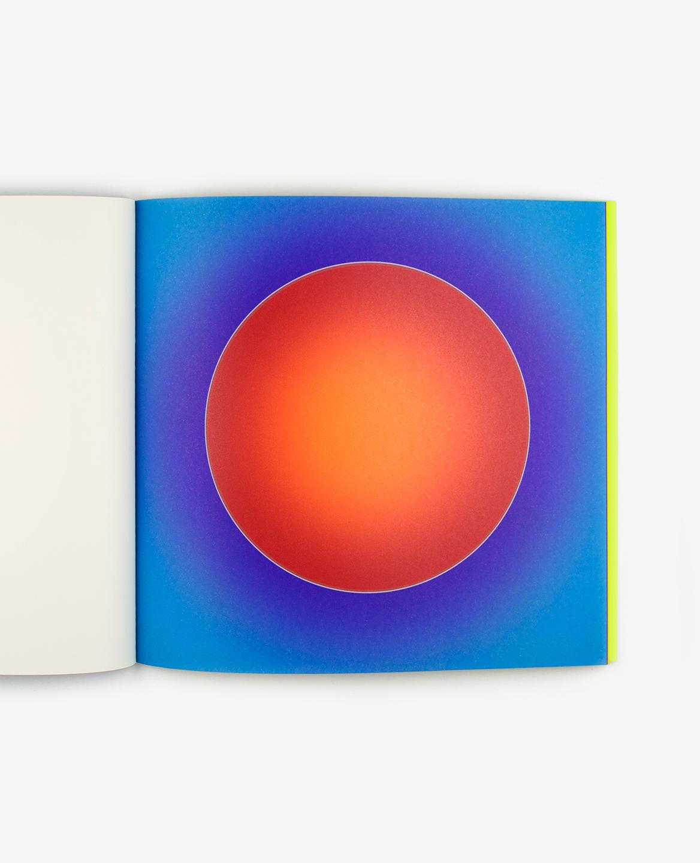 Soleil rouge du livre Au soleil