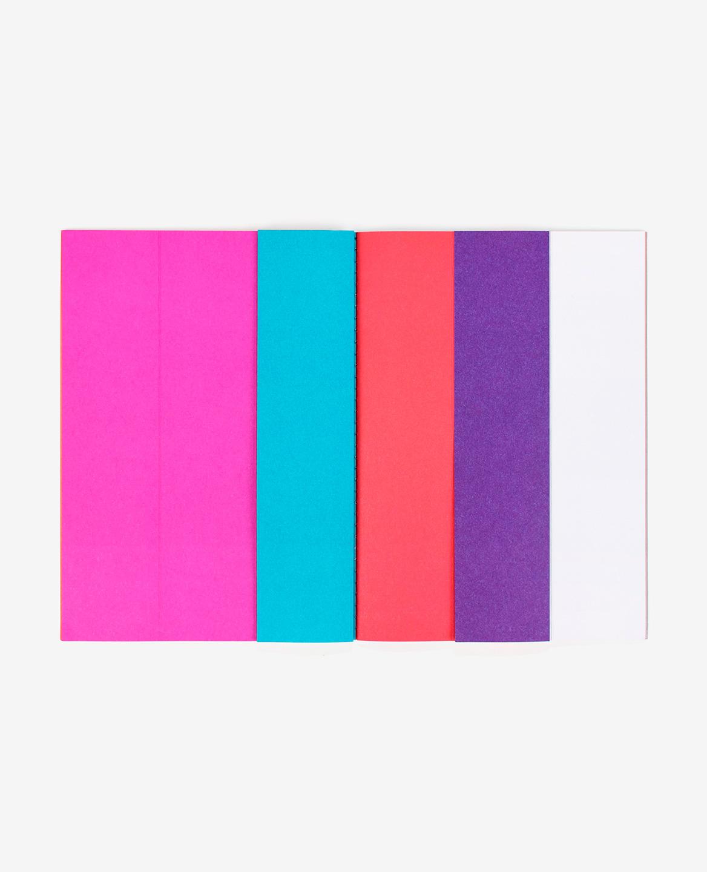 Bandes colorées rose, bleu, rouge et violette du livre Strips