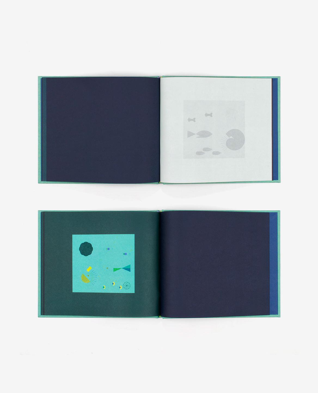 Doubles-pages du livre Aquarium de Fanette Mellier publié aux Éditions du livre